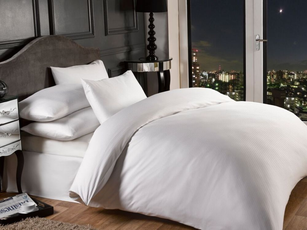 1000 Thread Count White Colour Luxury Superior Quality