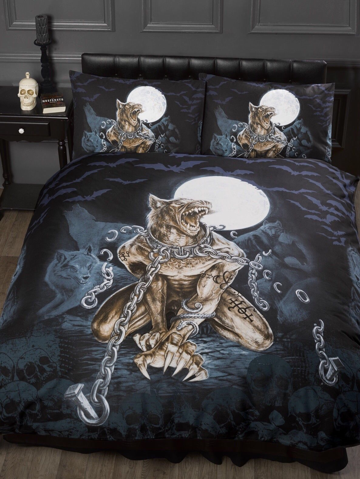 alchemy loups garou werewolf teenage gothic bedroom. Black Bedroom Furniture Sets. Home Design Ideas