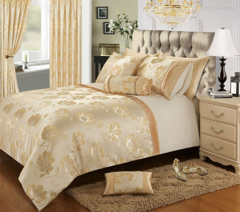 Cream Gold Colour Stylish Floral Jacquard Duvet Cover
