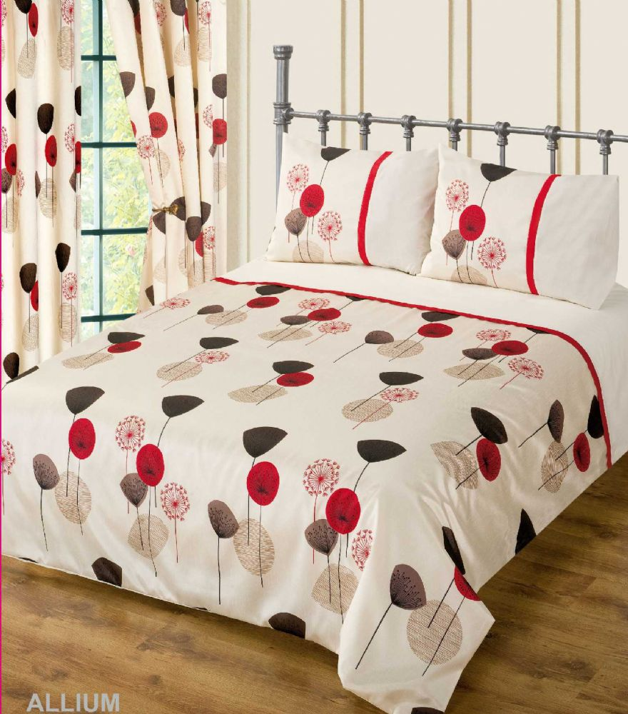 Red wine cream colour bedding duvet cover set stylish Red and cream bedroom ideas